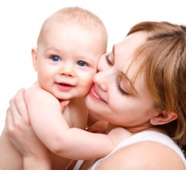 Diş Çürükleri Anneden Bebeğe Geçiyor