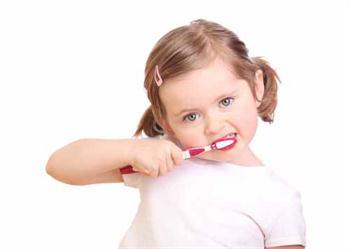 Çocuklara Diş Fırçalama Alışkanlığı Kazandırmalıyız